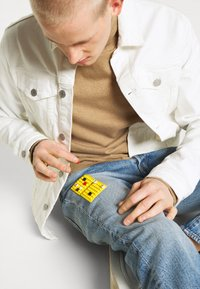 Levi's® - LEVI'S® X LEGO 501® '93 STRAIGHT - Jeans a sigaretta - studs on top - 4