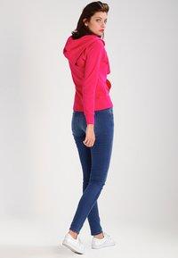 GAP - Sweater met rits - lipstick - 2
