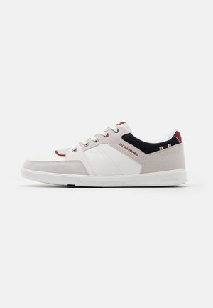 JFWNEWINGTON - Trainers - white
