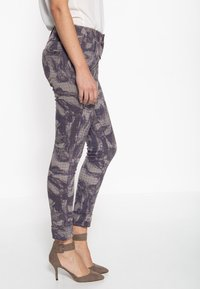 Amor, Trust & Truth - Trousers - lila - 2