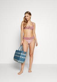 Topshop - SHIRRED FRONT CROP HI LEG - Bikini - rose - 1