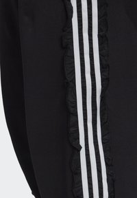 adidas Originals - BELLISTA SPORTS INSPIRED JOGGER PANTS - Pantalones deportivos - black - 5