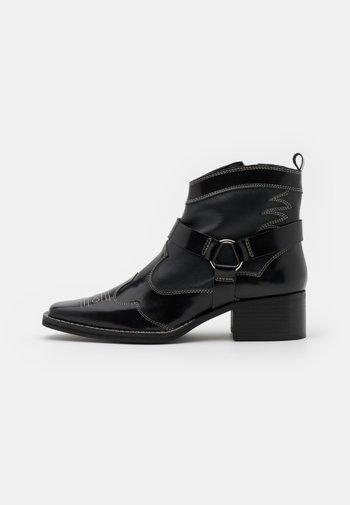 MADISON - Cowboy/biker ankle boot - black