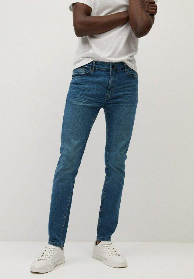 JUDE - Jeans Skinny Fit - stone blue denim