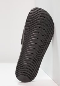 Nike Sportswear - KAWA SHOWER - Badslippers - black/white - 4