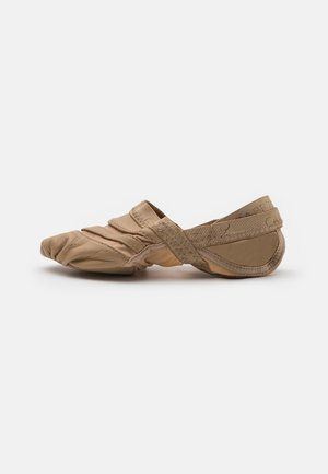 FREEFORM - Dance shoes - light brown