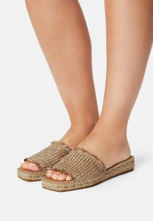AMBER - Sandaler - natural/beige