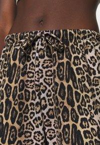 Onzie - Tracksuit bottoms - beige - 4