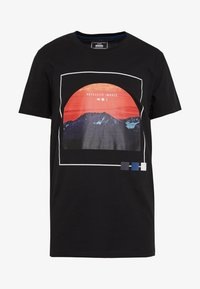 Jack & Jones - JCOSCAPE TEE CREW NECK ON - Print T-shirt - black - 3