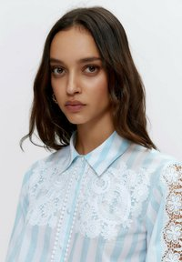 Uterqüe - Button-down blouse - multi-coloured - 3