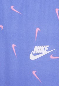 Nike Sportswear - SWOOSHFETTI - Legíny - royal pulse - 2