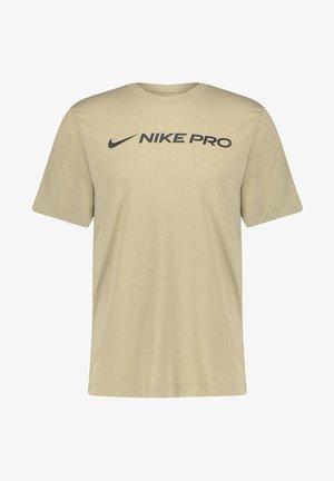 DRY TEE PRO - Print T-shirt - stein