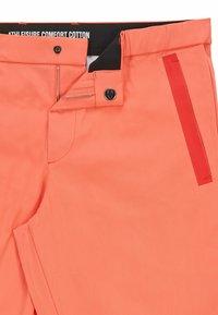 BOSS - LIEM - Shorts - open red - 5