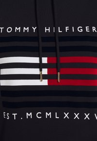 Tommy Hilfiger - REGULAR FLAG HOODIE DRESS - Day dress - desert sky - 2