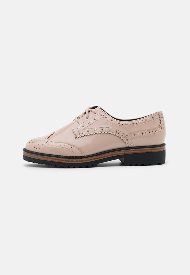 CAVOTTI - Veterschoenen - medium beige