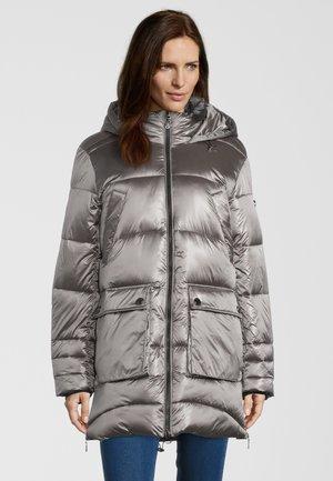 Winter coat - iron