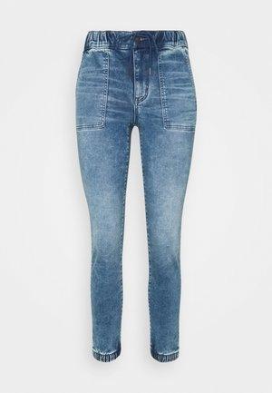 SUPER SOFT JEGGING JOGGER - Slim fit jeans - blue daylight