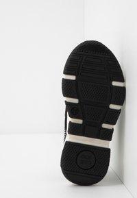 Gioseppo - KOTA - Nazouvací boty - black - 5