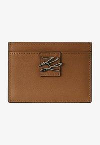 KARL LAGERFELD - Business card holder - caramel - 0