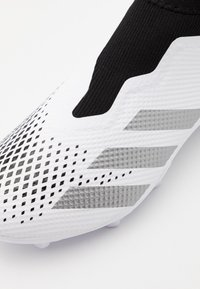 adidas Performance - FOOTBALL BOOTS FIRM GROUND - Moulded stud football boots - footwear white/silver metallic/core black - 4