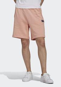 adidas Originals - ABSTRACT - Shorts - dust pink - 0