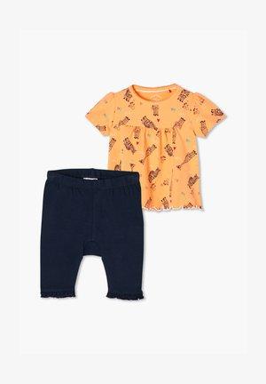 Trousers - peach/dark blue
