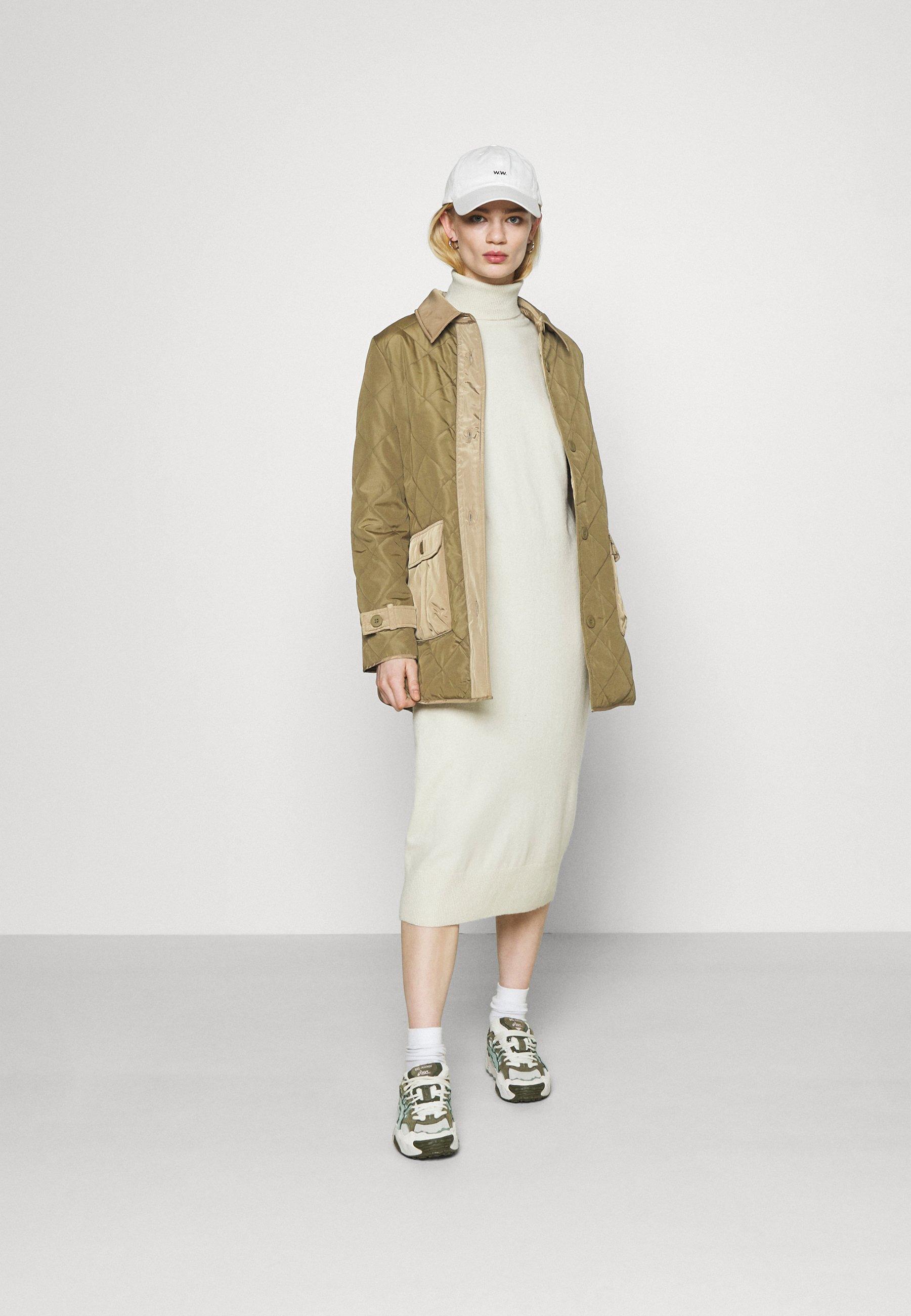 Women ONLKARLA QUILTED JACKET - Short coat
