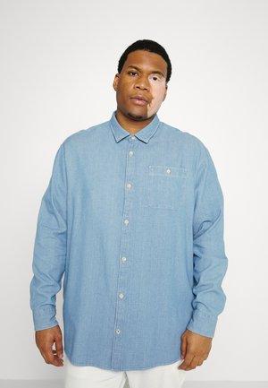 JPRBLU MIX SHIRT ONE POCKET - Shirt - light blue denim