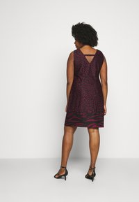 CAPSULE by Simply Be - PONTE SHIFT DRESS - Day dress - black - 2
