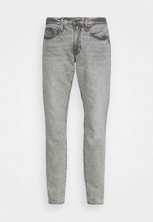 L'HOMME - Zúžené džíny - monsoon