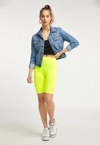 myMo ATHLSR - Shorts - neon yellow - 1