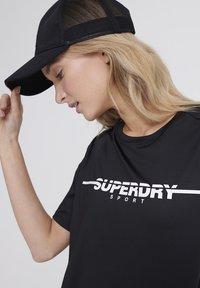 Superdry - Print T-shirt - black - 3