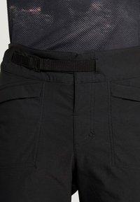 Craft - SUMMIT SHORTS WITH PAD - kurze Sporthose - black - 7