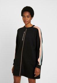 Missguided - OVERSIZED SWEATER DRESS BLOCK - Vestito estivo - black - 0