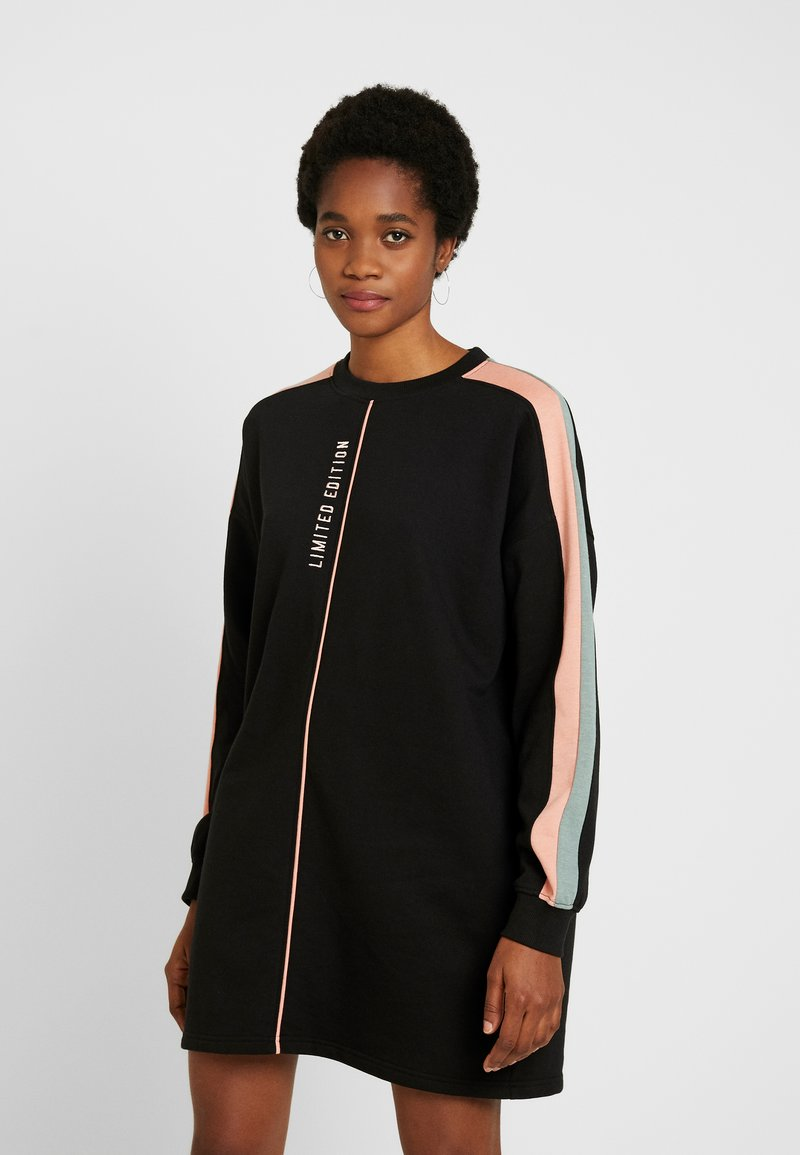 Missguided - OVERSIZED SWEATER DRESS BLOCK - Vestito estivo - black