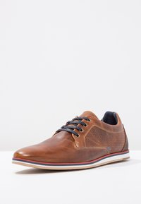 Pier One - LEATHER - Casual lace-ups - cognac - 2