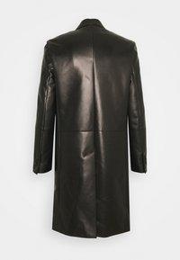 Bally - Klasický kabát - black - 1