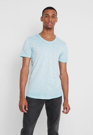 JORWASH TEE CREW NECK - T-shirt - bas - aqua sky