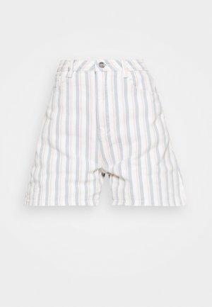 STRIPE DENIM SHORTS - Denim shorts - blue