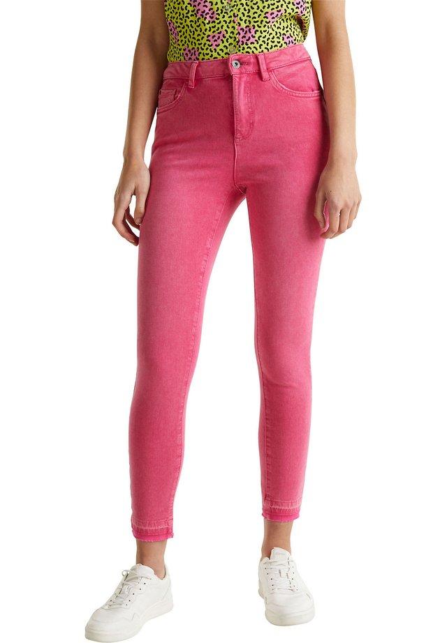 MIT VINTAGE-SÄUMEN - Jeans Skinny Fit - pink fuchsia