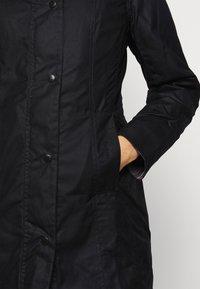 Barbour - BELSAY WAX JACKET - Light jacket - black - 3
