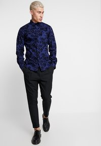 Twisted Tailor - ARMADA - Skjorter - blue - 1