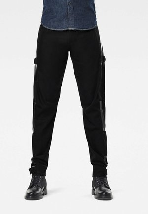SCUTAR 3D SLIM TAPERED CT - Cargo trousers - pitch black
