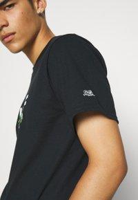 HUF - BONUS STAGE TEE - Print T-shirt - black - 5