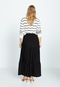 Violeta by Mango - SUMMER - A-line skirt - schwarz - 2