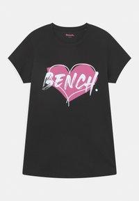 Bench - 3 PACK - Camiseta estampada - white/black/pink - 2