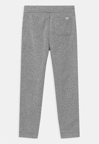 GAP - BOY  - Tracksuit bottoms - light heather grey - 1