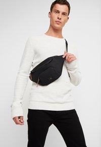 Superdry - FULL MONTANA BUM BAG - Bum bag - black - 1