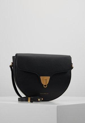 BEAT SOFT HALF MOON  - Across body bag - noir