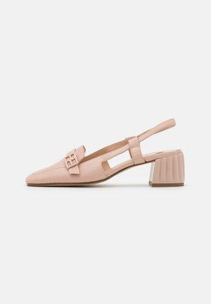 IN VOGUE - Classic heels - nude
